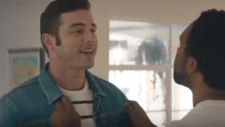 ゲイ・レズビアンカップルが登場するCM動画