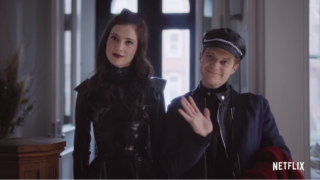 NETFLIX『ボンディング ~男と女の事情~(原題:BONDiNG)』|SMの女王様と親友のゲイ